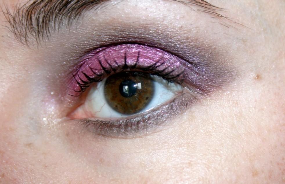 Monday_Shadow_Challenge_makeup_fuchsia_01