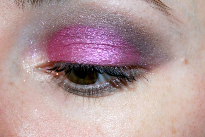 Monday_Shadow_Challenge_makeup_fuchsia_02