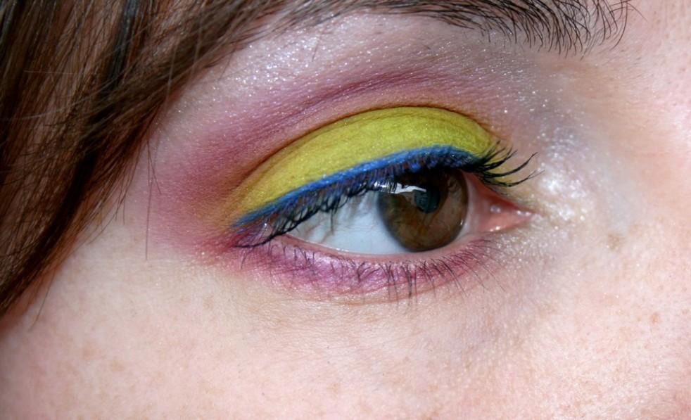 makeup_electric_palette_trash_savage_chaos_04